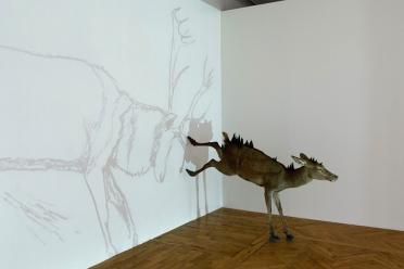 L'arc est bandé évite la flèche (2008) © Delphine-Gigoux-Martin