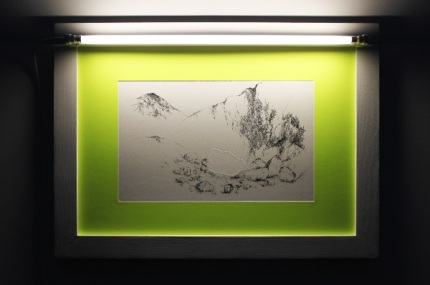 PapelArt // Mélanie Vincent, État Rocher, 2011, gaufrage et eauforte sur plaque de zinc, imprimée sur papier Van Gelder, passepartout jaune fluo, tube fluorescent blanc, ed. 6 ex, 48 x 66 cm