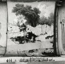 © Ethan Murrow, Commonplace, graphite sur papier, 111,7 x 111,7 cm