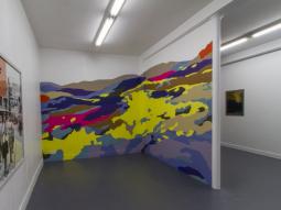 Vue de l'exposition Les Glaneurs de Rêve at Galerie Sator, Paris