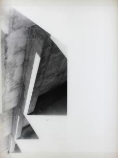 Vue de l'exposition « Pia Rondé & Fabien Saleil - La campagne est noire de soleil » Galerie Escougnou-Cetraro, Paris Pia Rondé & Fabien Saleil, Humeur vitrée, Plier 2016 Photogramme sur verre céramique. 80 x 60 cm. Unique Courtesy des artistes et Galerie Escougnou-Cetraro