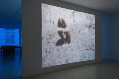 Vue de l'exposition Je t'aime, jour et nuit (2016) d'Ange Leccia, courtesy of the artist & galerie Jousse-Entreprise, Paris
